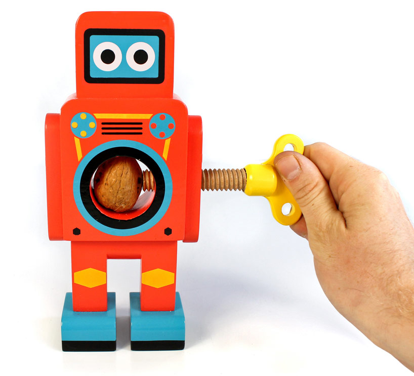 TRADING GROUP SMALL ROBOT NUT CRACKER