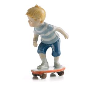 Royal Copenhagen Bambino Con Skateboard Mini Collection
